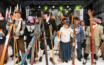 Uczestnicy Ski Retro Festiwal