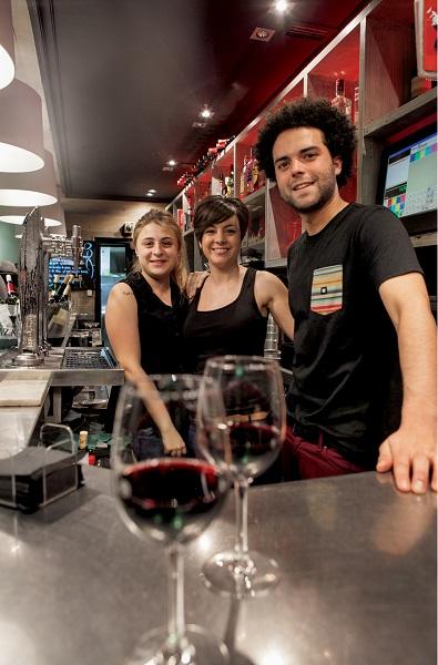 Załoga baru La Malquerida w Vitorii
